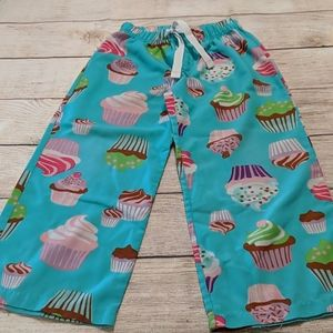 Pajama pants. Cupcakes. Gap kids. Six